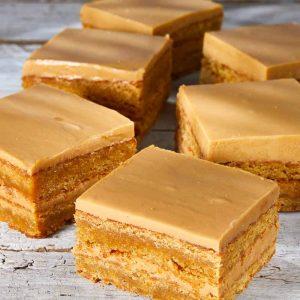 Blonde stack slices